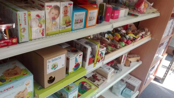 森のこびとのおもちゃ箱