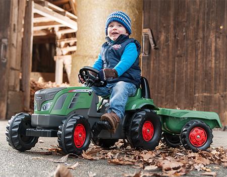 乗用 トラクターrolly toys ロリートイズ フェントキッズ トレーラー付き 013166