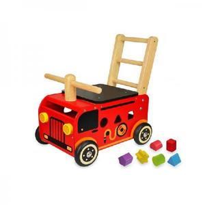 木のおもちゃ 乗用 アイムトイ ウォーカー&ライド 消防車 IM-87480